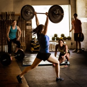 Lifting Weight (© Steve Cole)